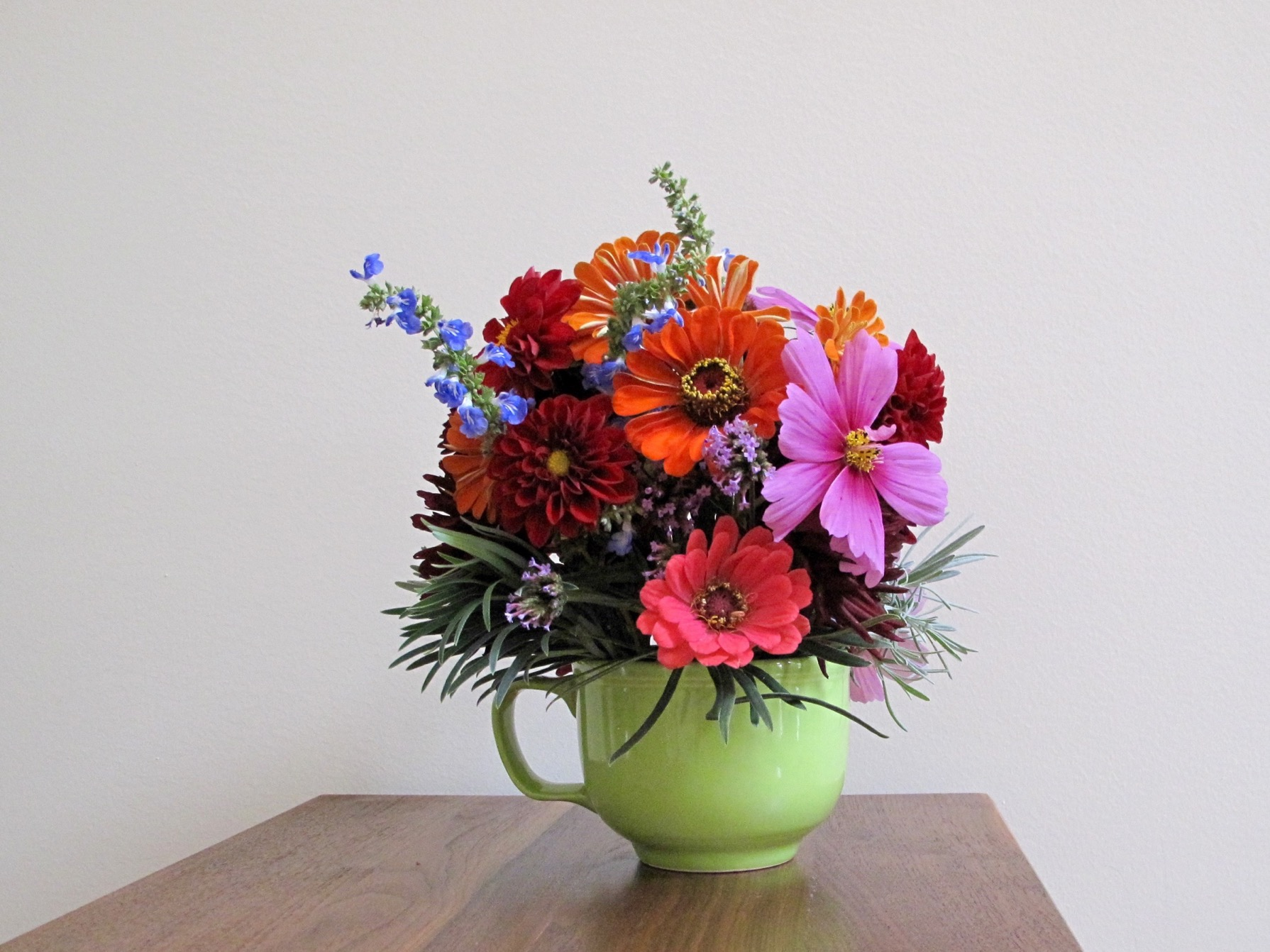 In A Vase On Monday—Rich Seasonal Color | pbmGarden
