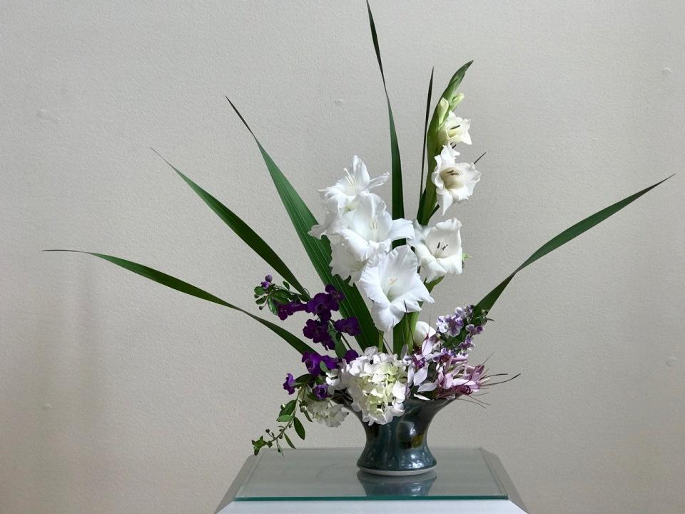 In A Vase On Monday Vase Three With Gladiolus Pbmgarden